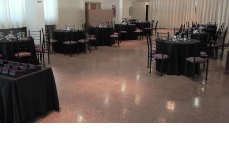 El salón listo para la ceremonia